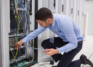 خدمات نگهداری و پشتیبانی تخصصی شبکه