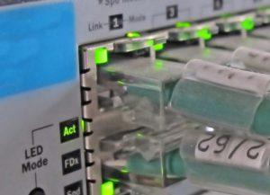 طراحی و پیادهسازی شبکههای ساختیافته